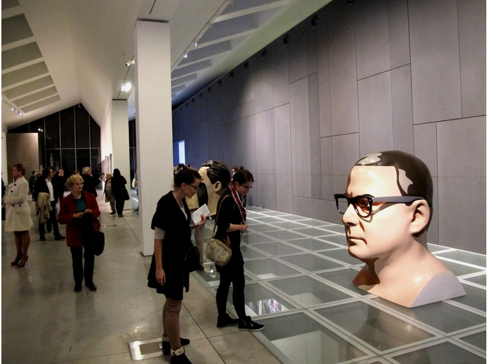 Wystawa Juliana Opiego //Rzeźby, obraz, filmy// - 1