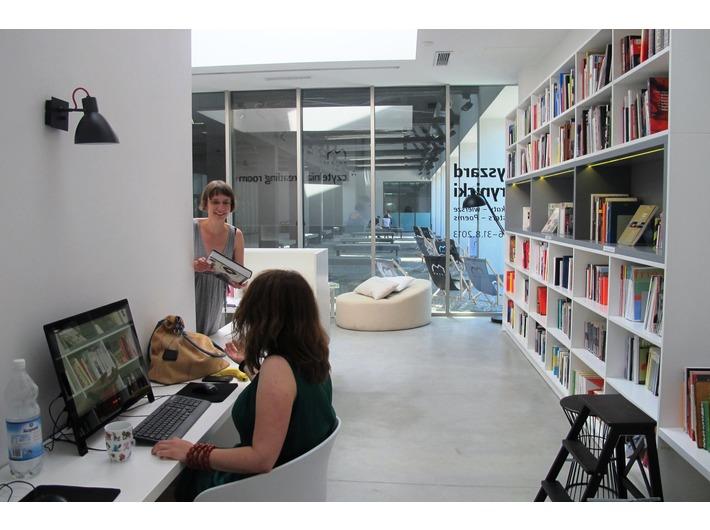 MOCAK Library