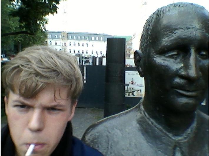 Od lewej: Michał Kmiecik, Bertolt Brecht. Fot. archiwum autora