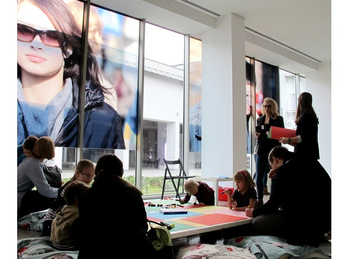 Dzień Otwartych Drzwi Muzeów Krakowskich w MOCAK-u, 24.11.2014, widoczny fragment pracy Beata Streuliego //Kraków, październik 2005//, Kolekcja MOCAK-u