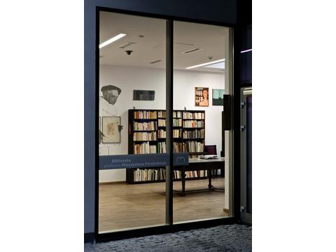 Mieczysław Porębski's Library in MOCAK