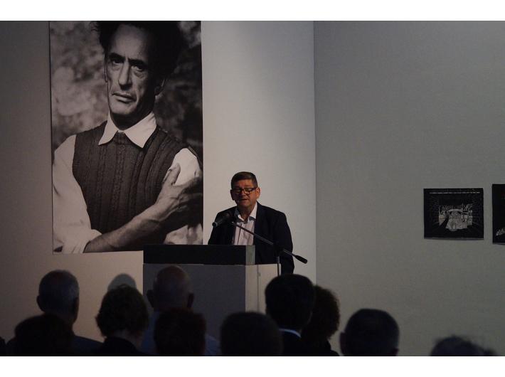 Wernisaż wystawy Jonasza Sterna //Krajobraz po Zagładzie//, Centrum Sztuk Prześladowanych przy Muzeum Sztuki w Solingen, fot.  Zentrum für verfolgte Künste