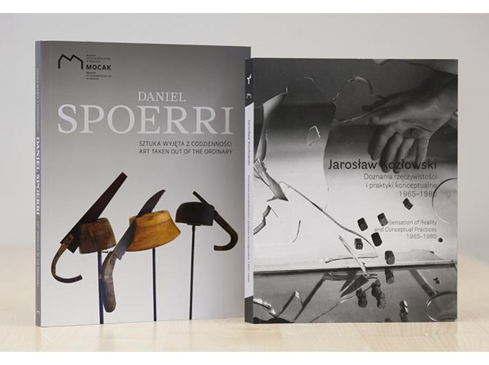 Katalogi wystaw