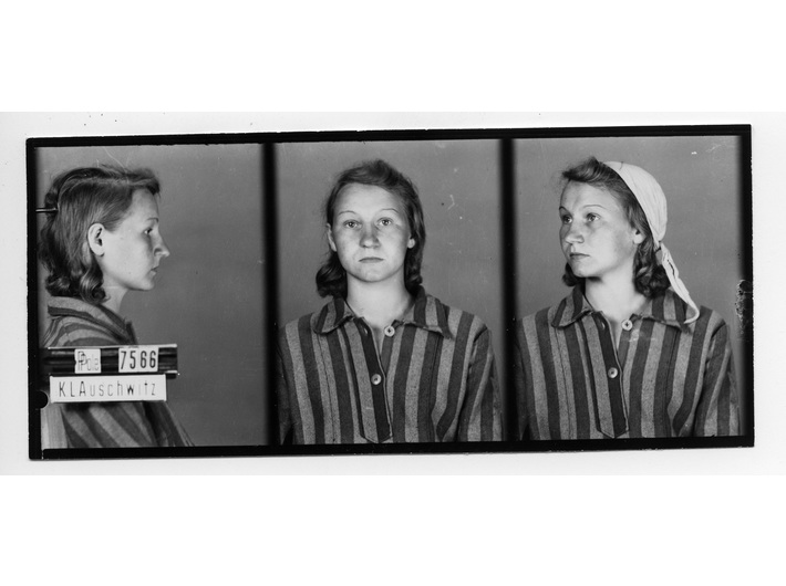 Camp photograph of Zofia Posmysz 1942, from the Archives of the Auschwitz-Birkenau State Museum