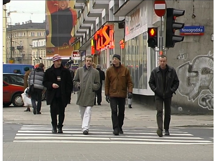 Azorro, //Czy artyście wolno wszystko?//, 2002, video, 7 min 17 s