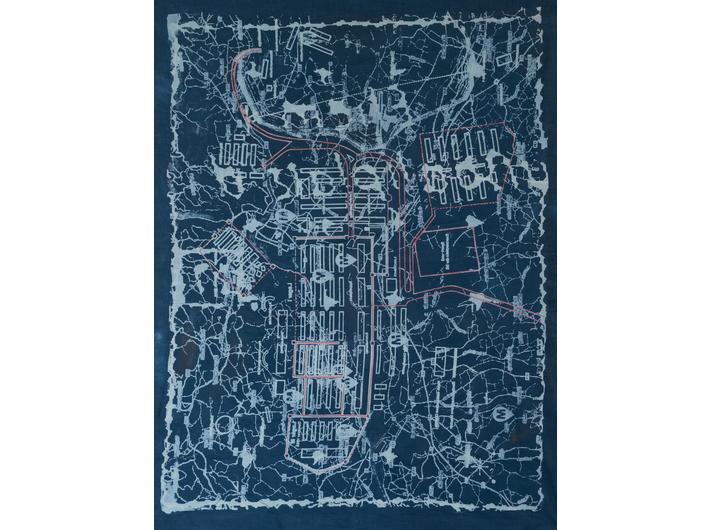 //Obserwacja na odległość//, 2017, wideo, 11 części, 51 min, reżyseria: Miri Segal, produkcja: Program Magisterski na Wydziale Sztuki Hamidrasha Beit Berl College, , część 2: Ronit Citri, Moshe Roas, //Mapa//