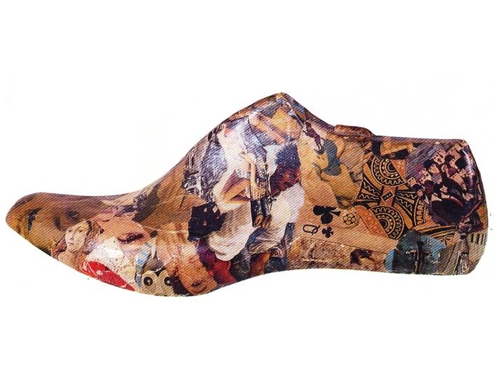 Jiří Kolář, //Shoe//, 1965, collage item, courtesy