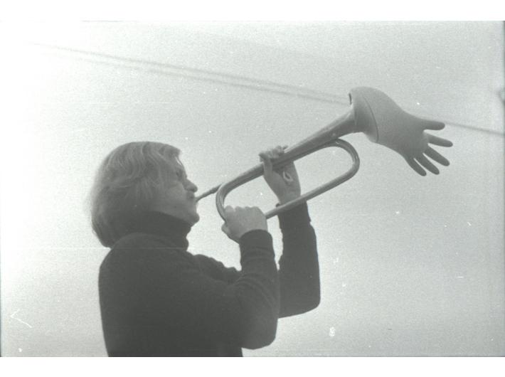 Performans //Solo for Trumpet// Joe'ego Jonesa, Poznań, 28 października 1977, fot. Jarosław Kozłowski