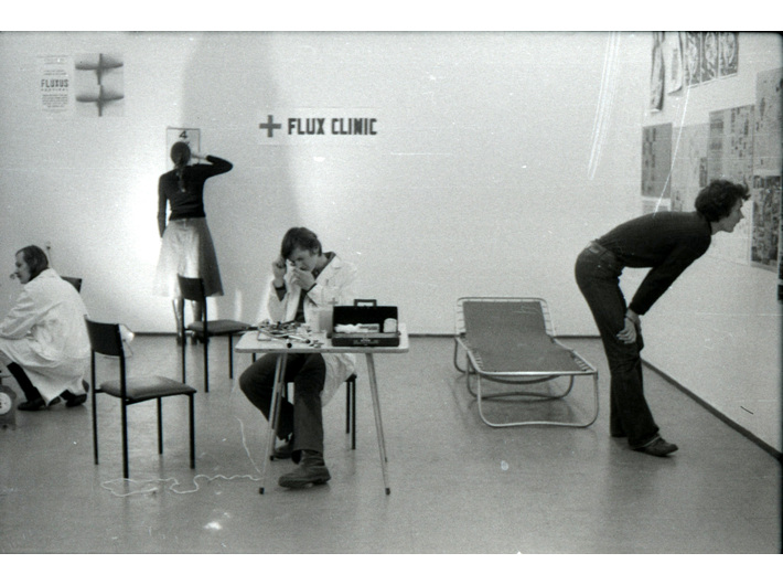 Spectacle //Flux Clinic//, Hi-Red Center, 1 December 1977, during the Three Flux Days of Fun and the Fourth Day in a Flux Clinic, 26 July 1963, Nice, during the Fluxus Festival d'Art Total (et du Comportement); photo: Philippe François