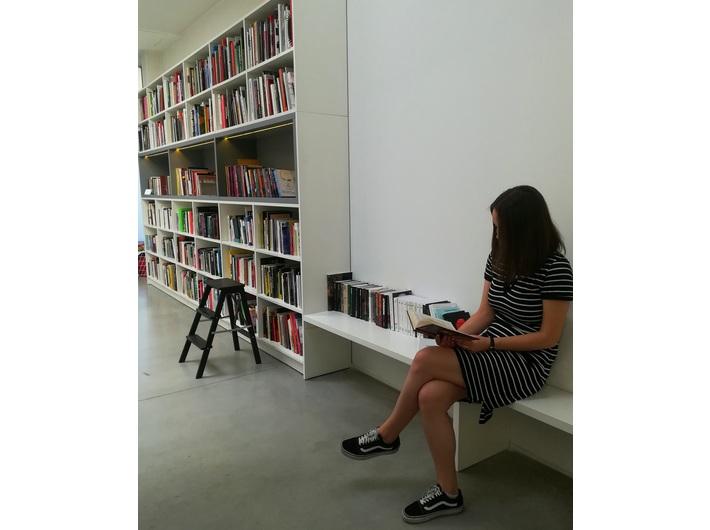 Biblioteka MOCAK-u, fot. M. Nikody