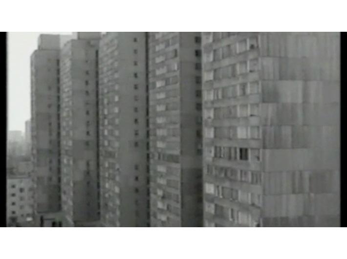 Józef Robakowski, //Z mojego okna//, 1978–1999, film, 19 min 5 s, Kolekcja MOCAK-u