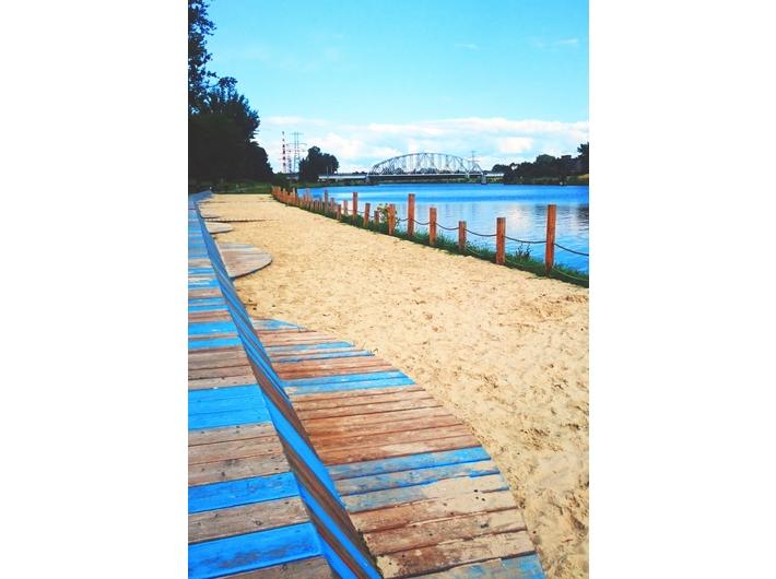 Plaża nad Wisłą, fot. Dział Promocji MOCAK-u
