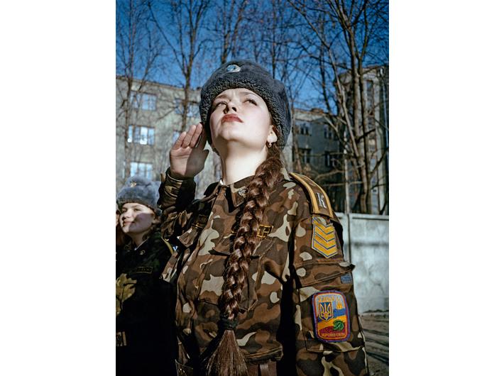 Siergiej Bratkow, z cyklu //Żołnierki//, 2001, Dzięki uprzejmości Regina Gallery, London & Moscow