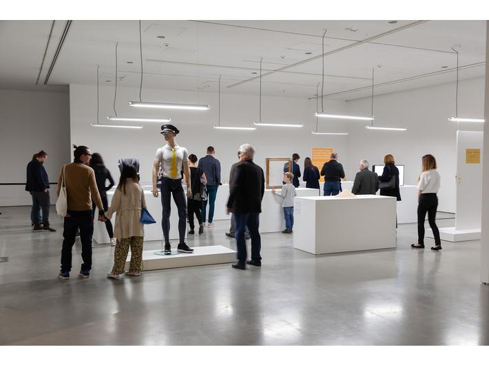 //Motherland in Art// exhibition. Simon Fujiwara, //The Happy Museum//, 2016, installation, various dimensions, courtesy of S. Fujiwara, photo: R. Sosin