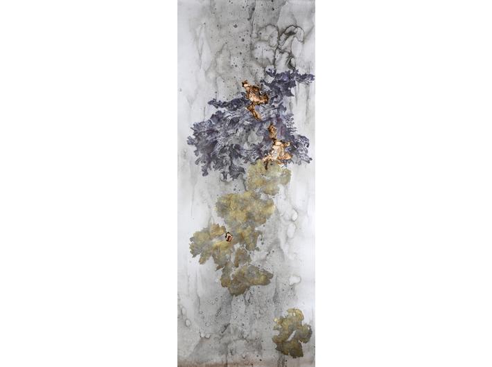 Akira Inumaru, z cyklu: //L'arc-en-ciel des plantes//, 2018, technika mieszana / papier, 200 × 73 cm, courtesy A. Inumaru