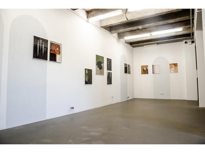 Wystawa Anny Orłowskiej //Pompier, błoto, socrokoko//  w ramach Miesiąca Fotografii w Krakowie 2019, fot. A. Stankiewicz