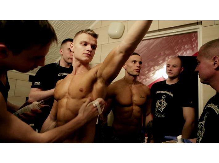 Patrycja Polkowska, //Body Language//, 2014, wideo, 11 min 40 s, courtesy Szkoła Filmowa w Łodzi