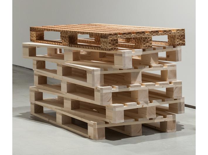 Farid Rasulov, //Paleta//, 2015, rzeźba, 12 × 120 × 80 cm, Kolekcja MOCAK-u
