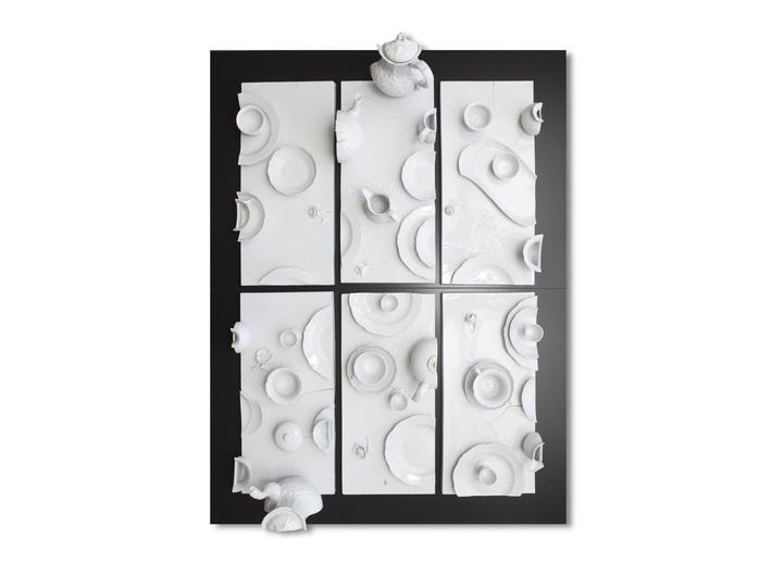 Daniel Spoerri, //Cięcie//, 2014, obiekt, 134 × 102 × 30 cm, Kolekcja MOCAK-u