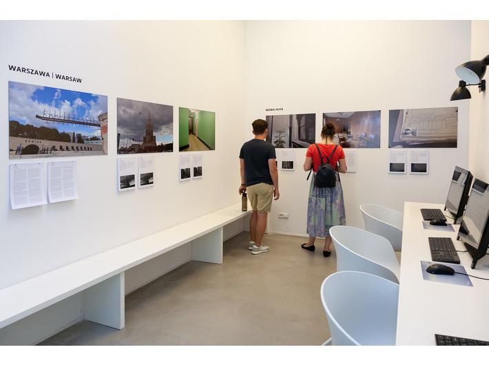 Widok wystawy Dany Arieli //Polski fantom// w Bibliotece MOCAK-u, fot. R. Sosin