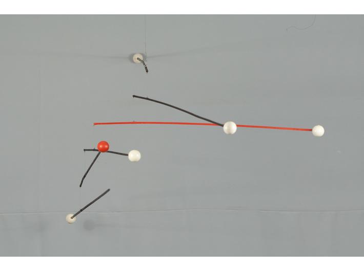 Marian Szulc, //Układ czarny//, rzeźba kinetyczna, wymiary zmienne, Kolekcja MOCAK-u