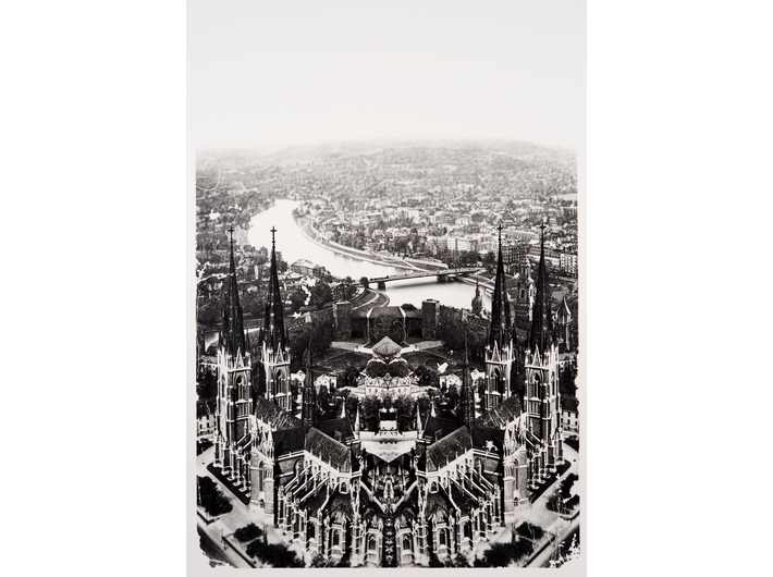 Shinji Ogawa, Uppsala – Kraków, from the series Symmetry / Asymmetry, 2013, pencil / paper, 101.8 × 66.5 cm, courtesy STANDING PINE