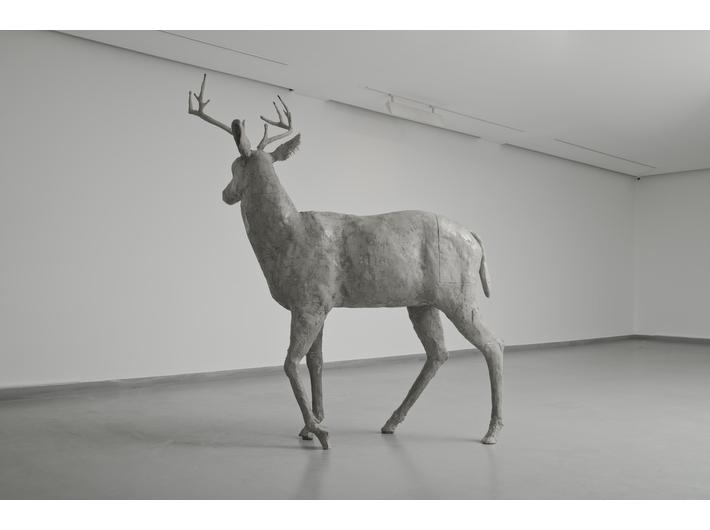 Guido Casaretto, //Filar I//, 2014, beton, 240 × 210 × 80 cm, courtesy Füsun & Lütfi Aygüler