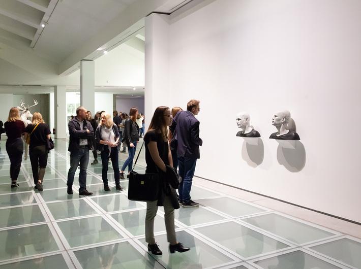Wystawa Guido Casaretto //Duchy materii//. Widoczna praca Guido Casaretto, // Michael-4 /Roman Centurion texture, David-3 / Street Vendor2 texture//, 2015, Kolekcja MOCAK-u. Fot. R. Sosin