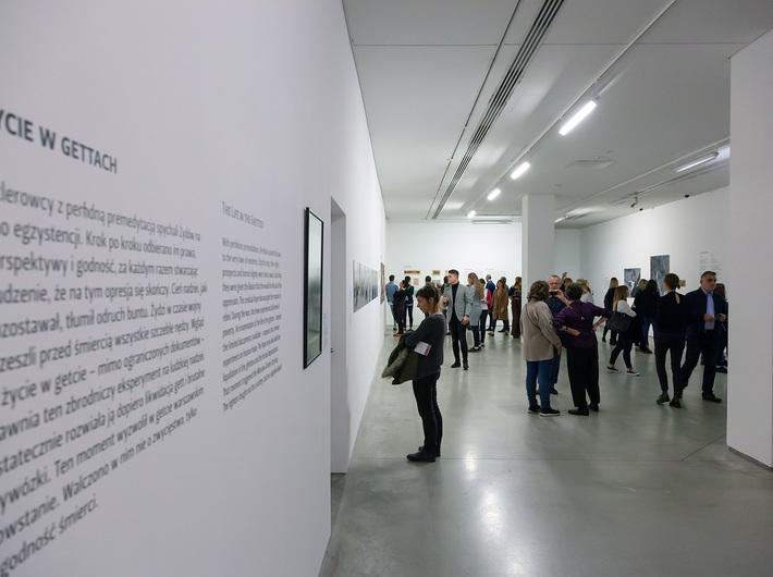 //World War II – Drama, Symbol, Trauma// exhibition, photo: R. Sosin