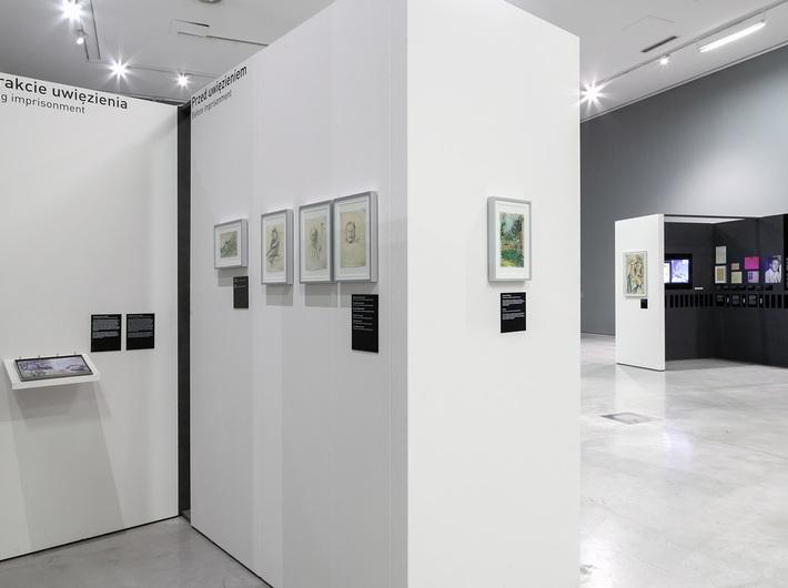 Wystawa //Wymazać hańbę! Artyści z kolekcji Sachsenhausen//, fot. R. Sosin