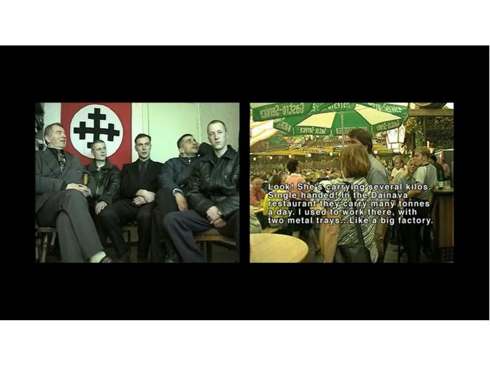 Artūras Raila, //Pod flagą//, 1999–2000, instalacja wideo, 19 min 57 s, Kolekcja MOCAK-u