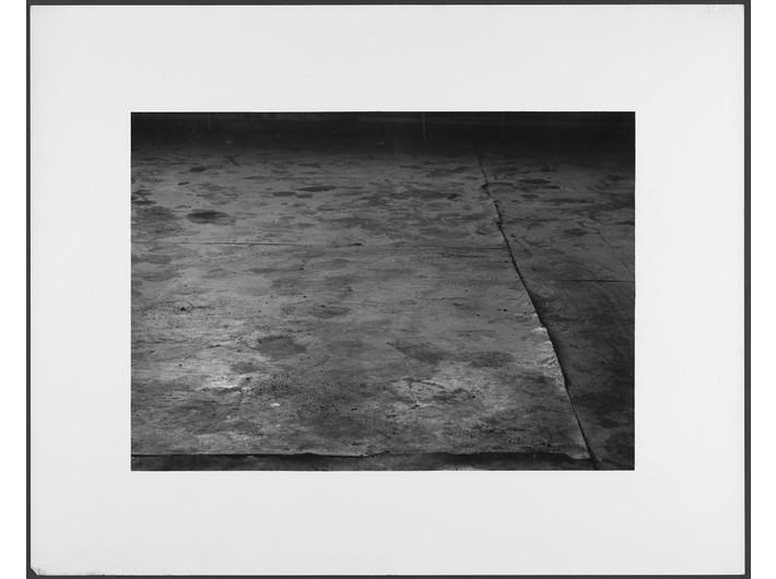 Mikołaj Smoczyński, bez tytułu, z cyklu //The Secret Performance//, 1983, fotografia analogowa, Kolekcja MOCAK-u