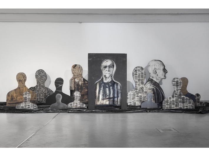 //World War II – Drama, Symbol, Trauma// exhibition. Józef Szajna, // Reminiscences//, 1969–1990, installation, Silesiam Museum in Katowice, photo: R. Sosin