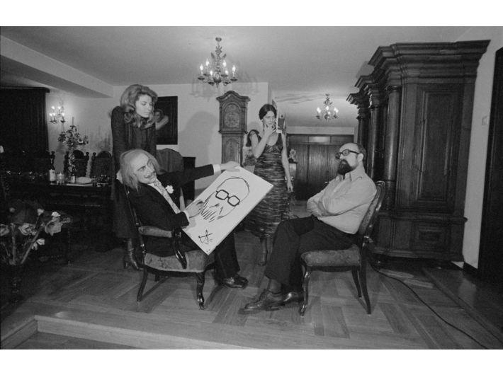 Marian Eile, //A Return Visit: Dali at the Pendereckis//, 1976, photograph, 2.4 × 3.6 cm (negative), MOCAK Archive, photo: A. Arvay, B. Opioła