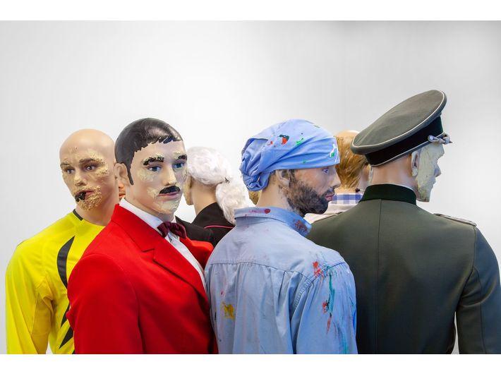 Marcin Berdyszak, //Revitalisation of Jacek Malczewski's 'Vicious Circle'//, 2011, installation, 200 cm × ø 200 cm, MOCAK Collection, photo: R. Sosin
