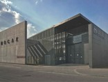 13. Budynek Muzeum Sztuki Współczesnej w Krakowie MOCAK od strony ulicy14