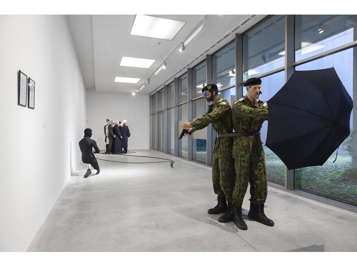Marcin Berdyszak, //Wielorównaniowy model sprawy Iana Rossa Baughmana//, 2017, instalacja, courtesy M. Berdyszak