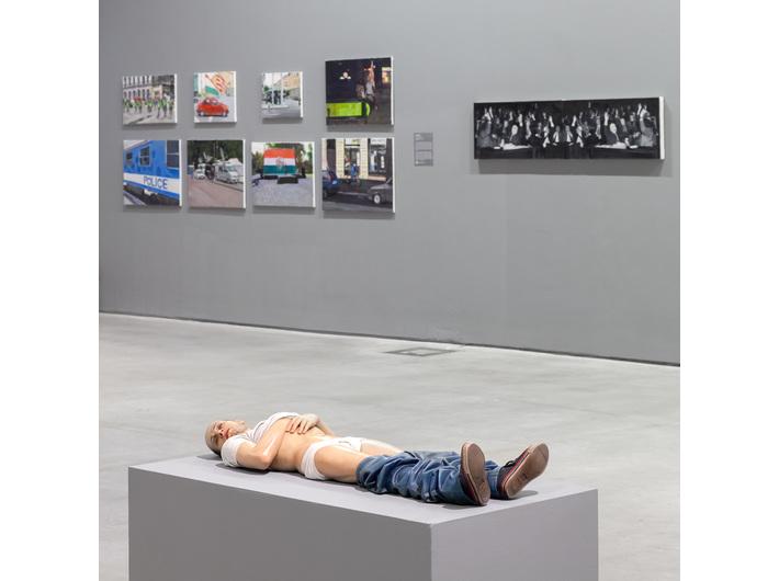 Reza Aramesh, //Action 135: May 8, 1945. 9:03 am, City of Setif, Algeria//, 2014, sculpture, MOCAK Collection
