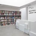 /biblioteka-mocak-u-otwarta-maj - 32654