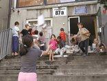 Kamanda, warsztaty dla mieszkańców bytomskiego ośrodka dla uchodźców prowadzone przez Piotra Wysockiego i Marka Glinkowskiego. Praca została pokazana na wystawie Projekt: wyspa. Fot. Marek Glinkowski1