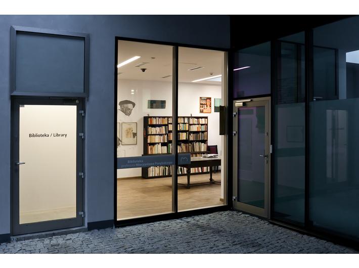 Biblioteka Mieczysława Porębskiego w MOCAK-u